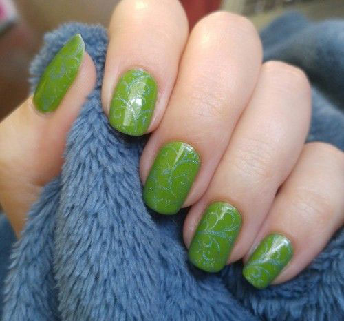 18-Simple-Easy-Spring-Nails-Art-Designs-Ideas-2018-13