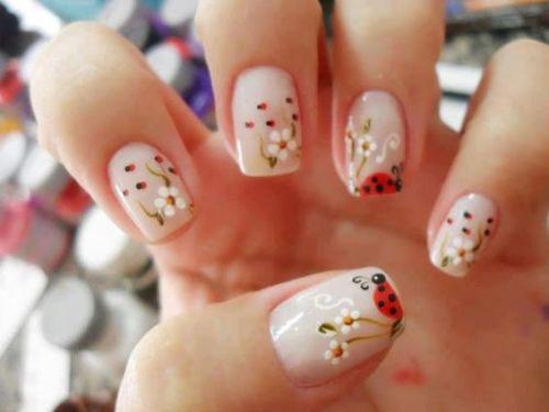 18-Simple-Easy-Spring-Nails-Art-Designs-Ideas-2018-15