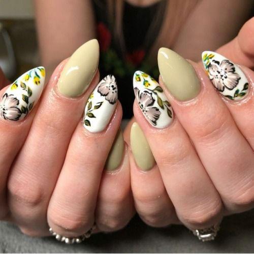 20-Spring-Floral-Nails-Art-Designs-&-Ideas-2018-15