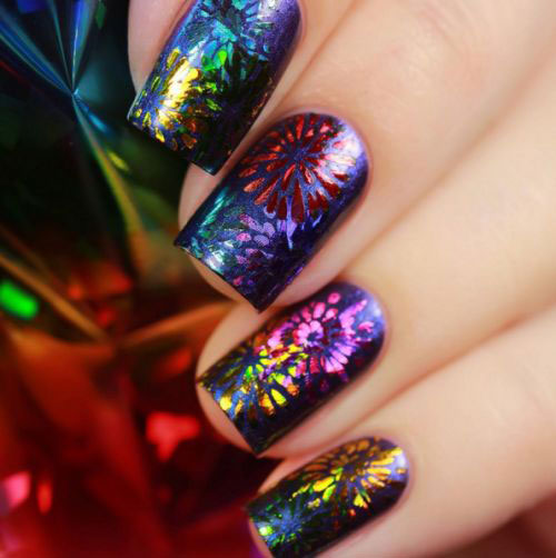 10-Amazing-4th-of-July-Fireworks-Nail-Art-Designs-Ideas-2018-6
