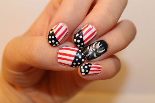 15-American-Flag-Nail-Art-Designs-Ideas-2018-4th-of-July-Nails-7