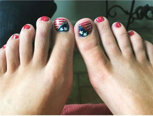 4th-of-July-Toe-Nails-Art-Designs-Ideas-2018-10