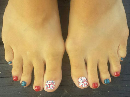 4th-of-July-Toe-Nails-Art-Designs-Ideas-2018-3