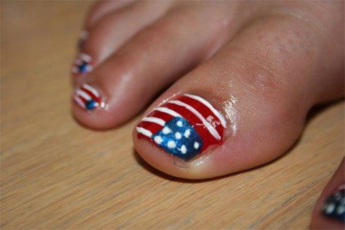 4th-of-July-Toe-Nails-Art-Designs-Ideas-2018-7