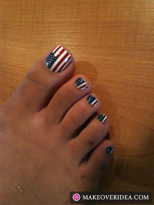 4th-of-July-Toe-Nails-Art-Designs-Ideas-2018-9
