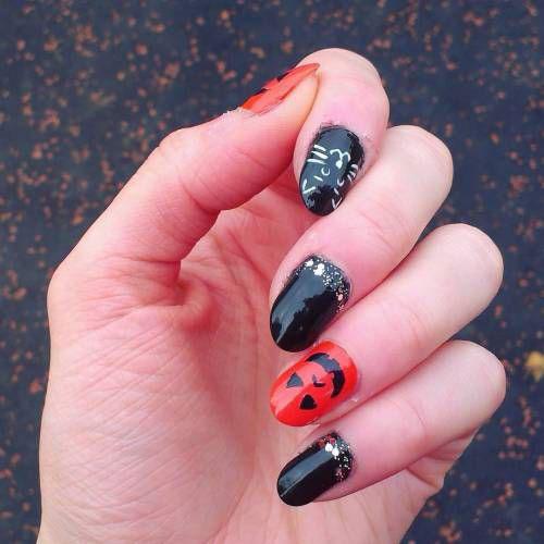 12-Easy-Simple-Halloween-Nails-Art-Designs-Ideas-2018-9
