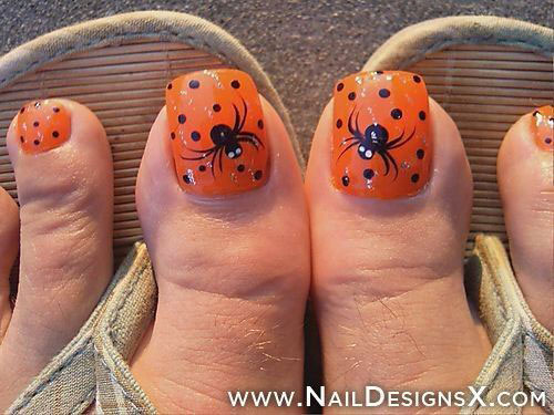 12-Halloween-Toe-Nails-Art-Designs-Ideas-2018-6