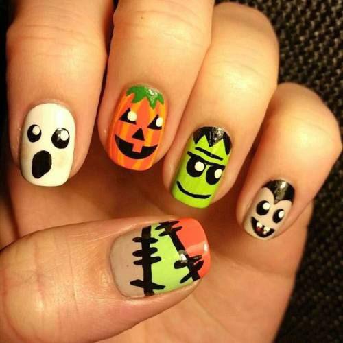 15-Halloween-Ghost-Nails-Art-Designs-Ideas-2018-14