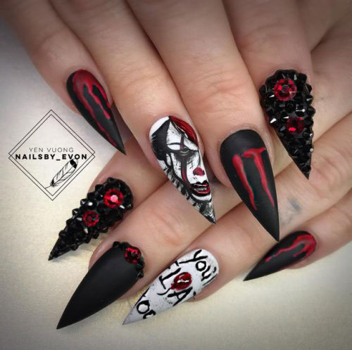 15-Scary-Halloween-Creepy-Clown-Nails-Art-Designs-Ideas-2018-15