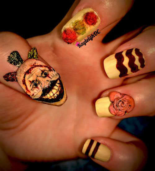 15-Scary-Halloween-Creepy-Clown-Nails-Art-Designs-Ideas-2018-9