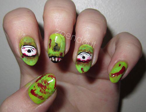 15-Scary-Halloween-Nails-Art-Designs-Ideas-2018-11