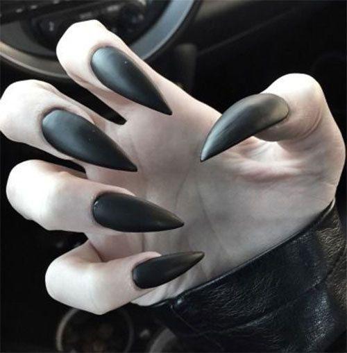 15-Scary-Halloween-Nails-Art-Designs-Ideas-2018-3