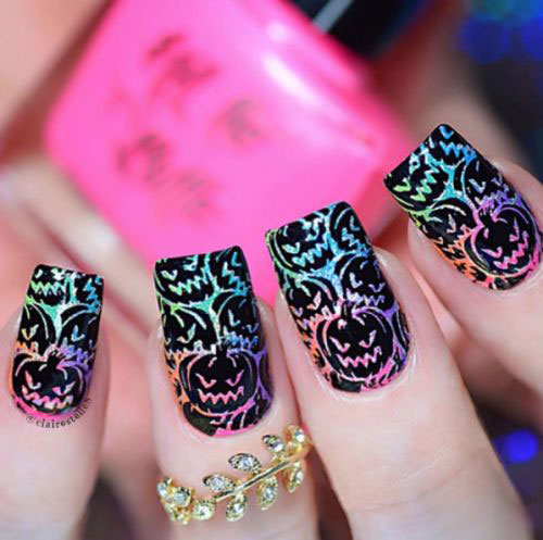 18-Cute-Halloween-Pumpkin-Nails-Art-Designs-Ideas-2018-16