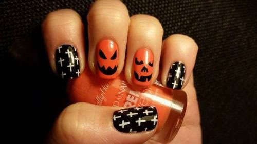 18-Cute-Halloween-Pumpkin-Nails-Art-Designs-Ideas-2018-5