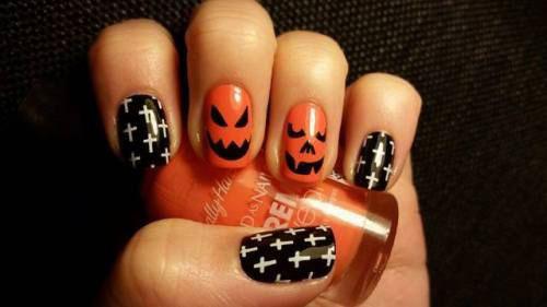 18-Cute-Halloween-Pumpkin-Nails-Art-Designs-Ideas-2018-5