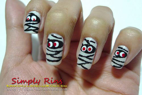 20-Halloween-Mummy-Nails-Art-Designs-Ideas-2018-14