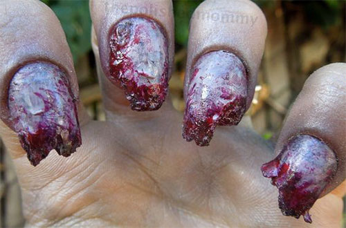 20-Halloween-Zombie-Nails-Art-Designs-Ideas-2018-19