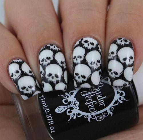 Halloween-Skull-Nails-Art-Designs-Ideas-2018-1