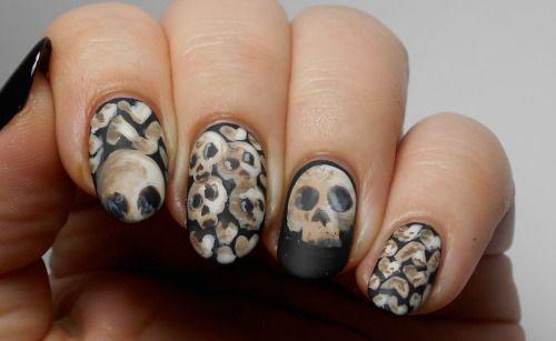 Halloween-Skull-Nails-Art-Designs-Ideas-2018-10