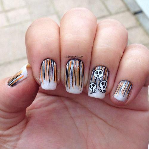 Halloween-Skull-Nails-Art-Designs-Ideas-2018-17