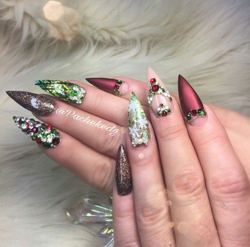15-Christmas-3d-Nail-Art-Designs-Ideas-2018-Holiday-Nails-14