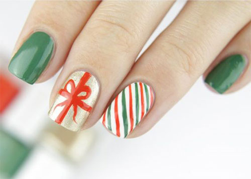 15-Christmas-Present-Nail-Art-Designs-&-Ideas-2018-Xmas-Nails-10