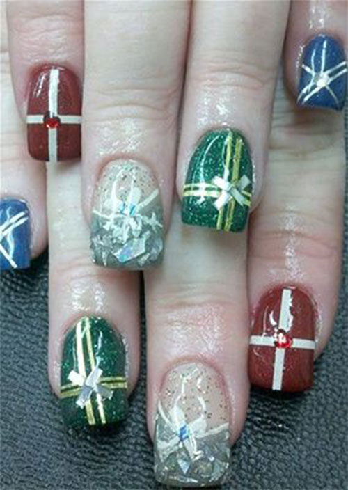 15-Christmas-Present-Nail-Art-Designs-&-Ideas-2018-Xmas-Nails-12
