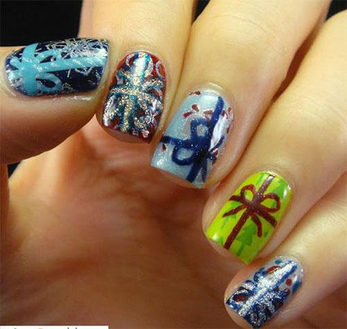 15-Christmas-Present-Nail-Art-Designs-&-Ideas-2018-Xmas-Nails-14