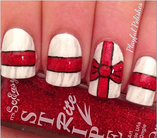 15-Christmas-Present-Nail-Art-Designs-&-Ideas-2018-Xmas-Nails-3