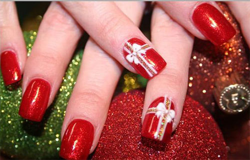 15-Christmas-Present-Nail-Art-Designs-&-Ideas-2018-Xmas-Nails-8
