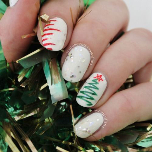 15-Simple-Easy-Christmas-Nails-Art-Designs-Ideas-2018-11