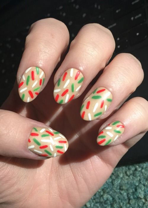 15-Simple-Easy-Christmas-Nails-Art-Designs-Ideas-2018-5