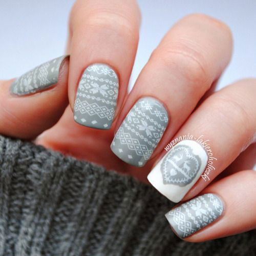 15-Ugly-Christmas-Sweater-Nail-Art-Designs-Ideas-2018-14