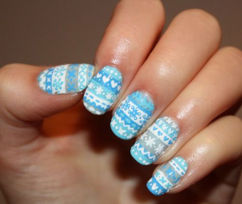 15-Ugly-Christmas-Sweater-Nail-Art-Designs-Ideas-2018-6