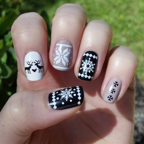 15-Ugly-Christmas-Sweater-Nail-Art-Designs-Ideas-2018-7