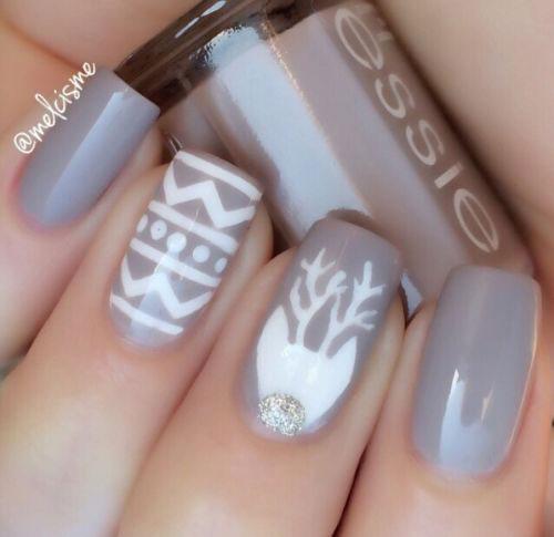 18-Christmas-Reindeer-Nail-Art-Designs-Ideas-2018-Xmas-Nails-18