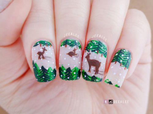18-Christmas-Reindeer-Nail-Art-Designs-Ideas-2018-Xmas-Nails-6