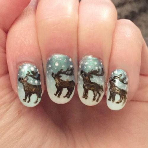 18-Christmas-Reindeer-Nail-Art-Designs-Ideas-2018-Xmas-Nails-7