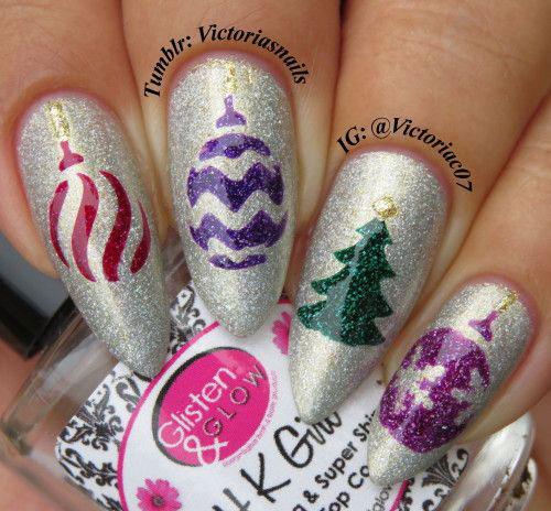 20-Christmas-Ornament-Nail-Art-Designs-Ideas-2018-Xmas-Nails-5