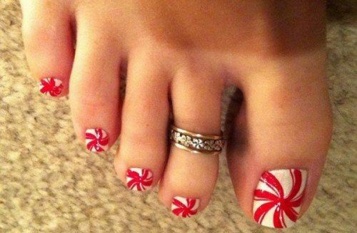 20-Christmas-Toe-Nail-Art-Designs-Ideas-Stickers-2018-Xmas-Nails-11