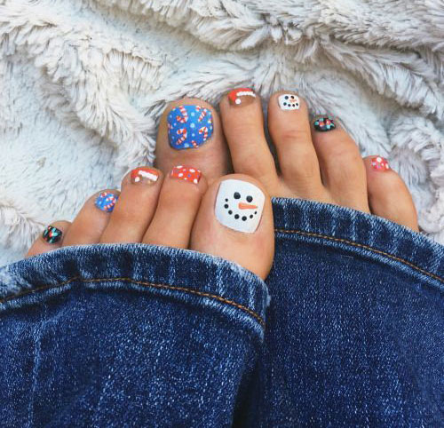 20-Christmas-Toe-Nail-Art-Designs-Ideas-Stickers-2018-Xmas-Nails-19