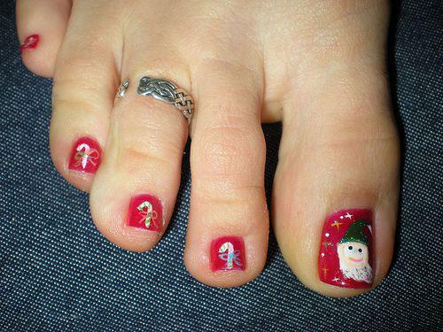 20-Christmas-Toe-Nail-Art-Designs-Ideas-Stickers-2018-Xmas-Nails-5