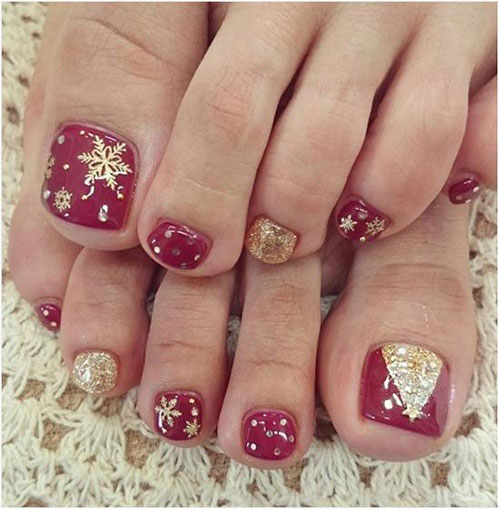 20-Christmas-Toe-Nail-Art-Designs-Ideas-Stickers-2018-Xmas-Nails-6