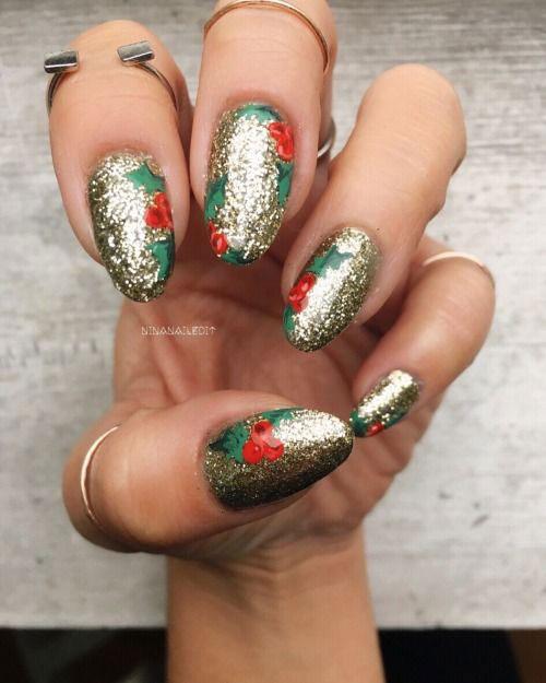 Christmas-Glitter-Acrylic-Nail-Art-Designs-2018-Xmas-Nails-11
