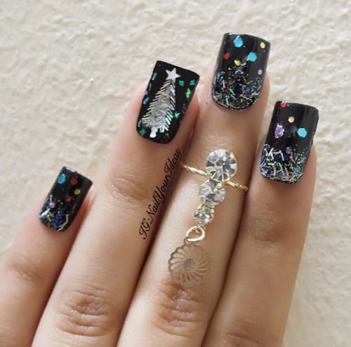 Christmas-Glitter-Acrylic-Nail-Art-Designs-2018-Xmas-Nails-15