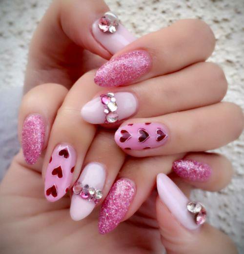 15-Valentine's-Day-Heart-Nail-Art-Designs-Ideas-2019-Vday-Nails-8