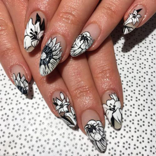 20-Spring-Floral-Nails-Art-Designs-Ideas-2019-8