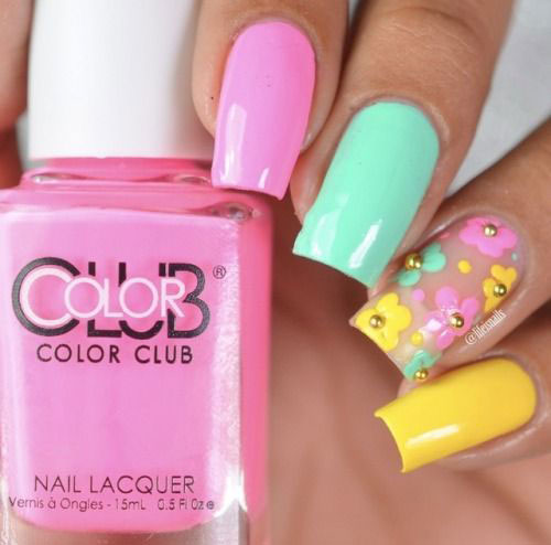15-Simple-Easy-Summer-Nails-Art-Designs-Ideas-2019-15