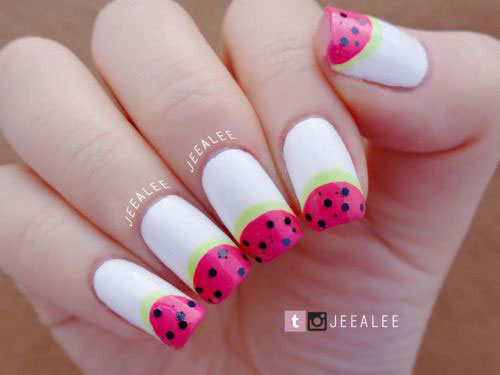15-Simple-Easy-Summer-Nails-Art-Designs-Ideas-2019-9