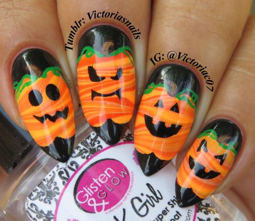 18-Easy-Halloween-Pumpkin-Nails-Art-Designs-Ideas-2019-13